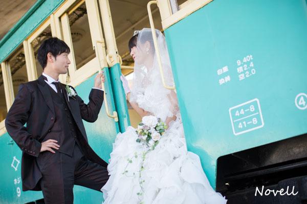 笠岡の公園の電車でウェディング